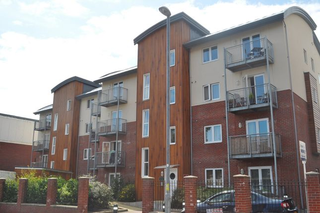 Thumbnail Flat to rent in Lion Terrace, Portsmouth