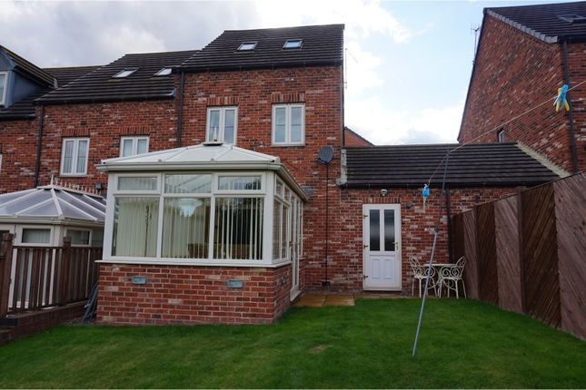 Thumbnail Town house for sale in Durham Way, Rotherham