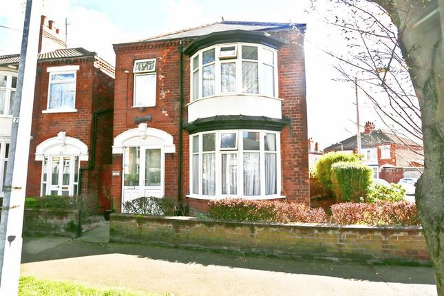 Thumbnail Detached house for sale in Desmond Avenue, Hull