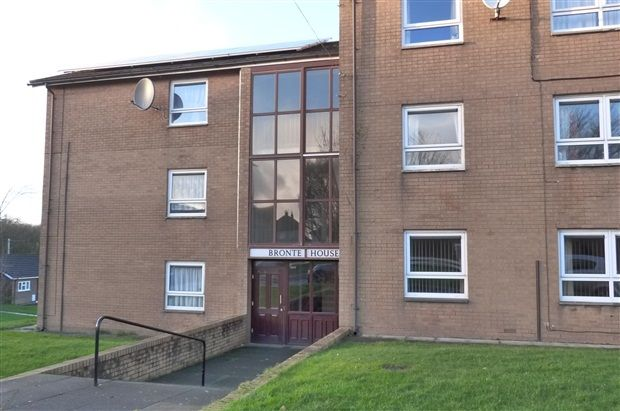 Thumbnail Flat to rent in Shakespeare Road, Lancaster