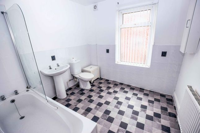 Bathroom of Ivy Road, Smithills, Bolton BL1