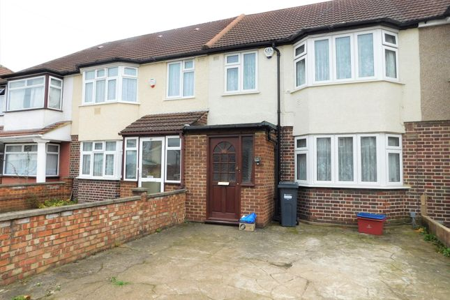Thumbnail Terraced house to rent in Basildene Road, Hounslow