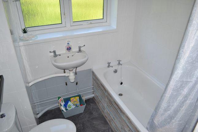 Bathroom of Jones Terrace, Mount Pleasant, Swansea SA1
