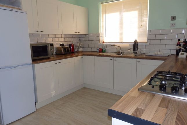 Thumbnail Flat to rent in Cefn Bryn, Church Road, Burry Port