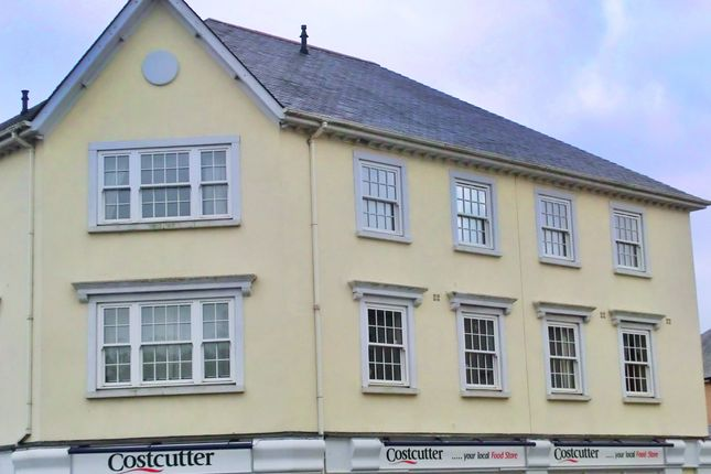 Thumbnail Flat to rent in Carlyon Road, St. Austell