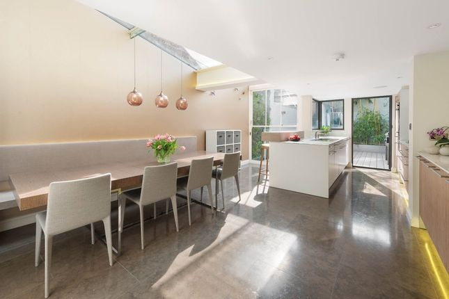 Thumbnail Terraced house for sale in Ladbroke Road, London