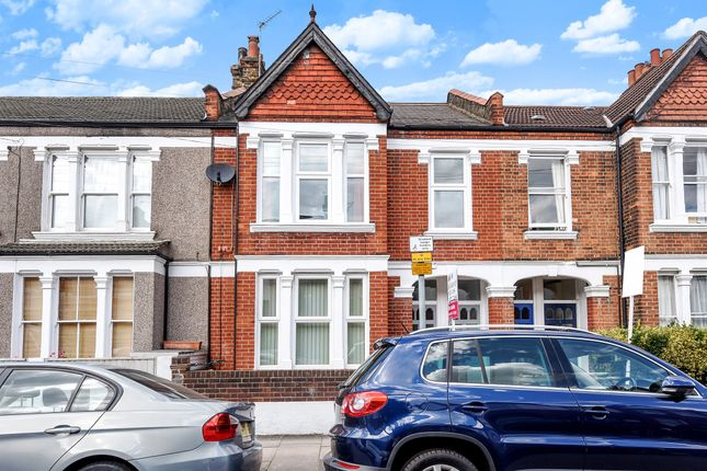 2 bed maisonette for sale in Quinton Street, London
