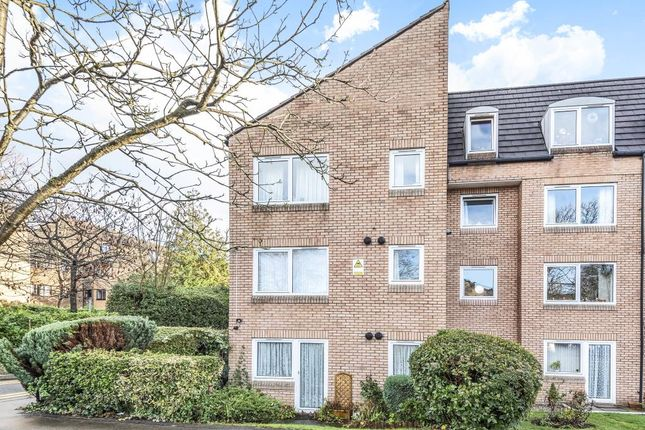 Thumbnail Flat for sale in Homebeech House, Woking