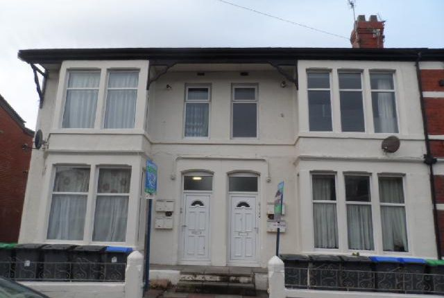 Flats to Let in Central Drive, Blackpool FY1 - Apartments ...