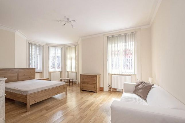 5 bed flat for sale in Cabbell Street, London NW1
