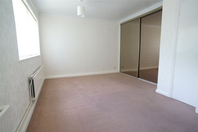 Bedroom 1 of Turnpike Court, Crook Log, Bexleyheath DA6