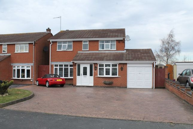 Thumbnail Detached house to rent in Cadogan Road, Dosthill, Tamworth