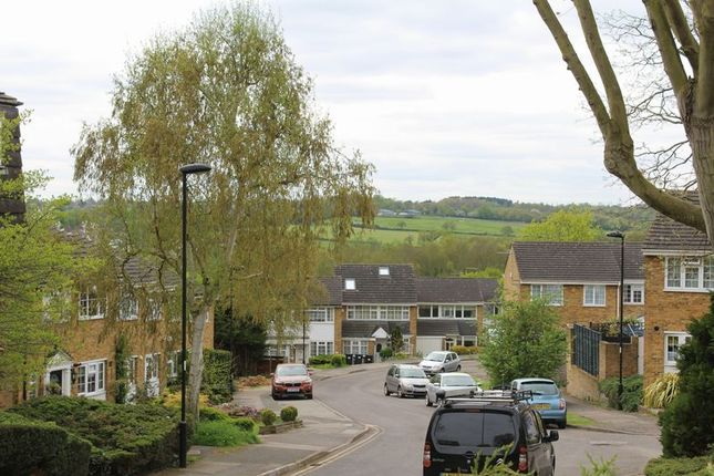 Thumbnail Flat for sale in Crofton Way, Enfield