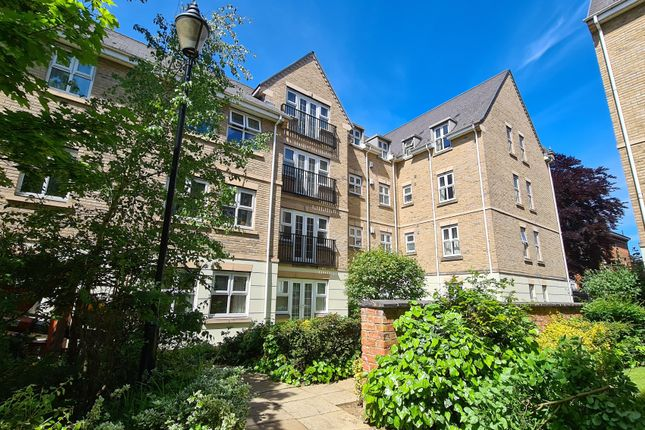 Thumbnail Flat to rent in Billing Road, Abington, Northampton