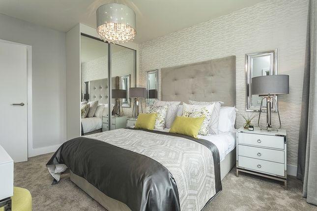 Bedroom of De Burgh Gardens, Tadworth KT20