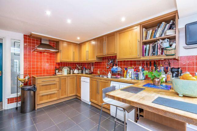 Kitchen/Diner of Park Avenue, London N22