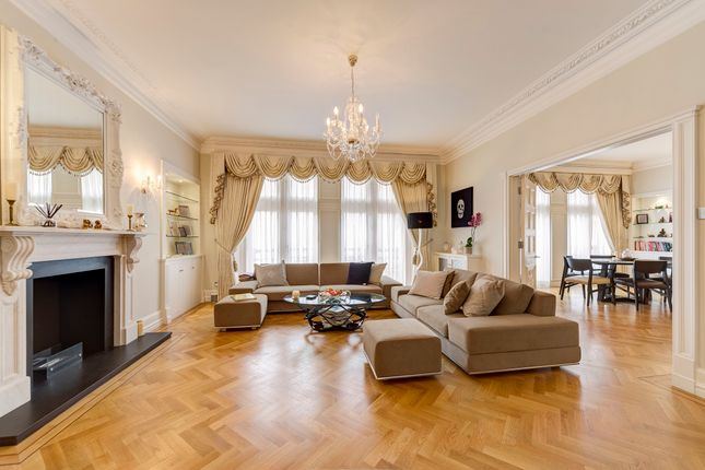 Thumbnail Flat for sale in Whitehall Court, London