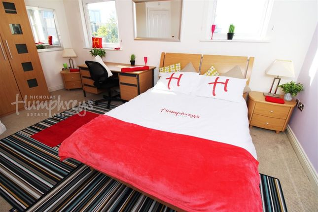 Room to rent in White Star Place, Chapel SO14, 8Am To 8Pm Viewing