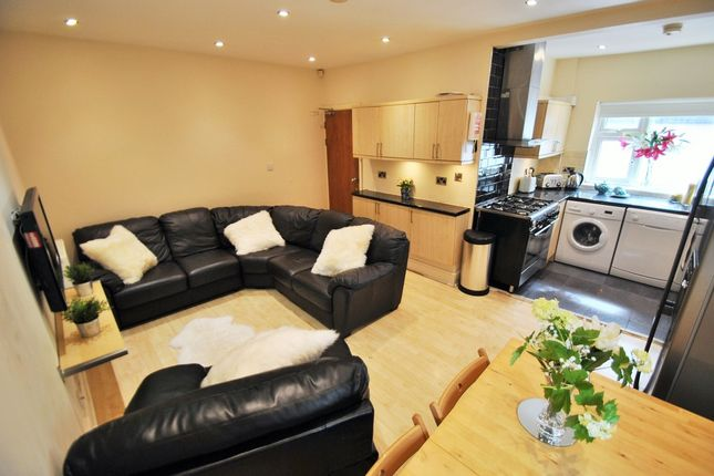 Thumbnail Terraced house to rent in Kingswood Road, 6 Bed, Manchester