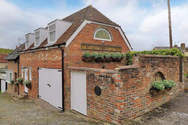 Thumbnail Semi-detached house for sale in Frog Lane, Tunbridge Wells