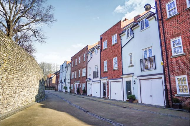 Thumbnail Town house for sale in Lower Walls Walk, Chichester
