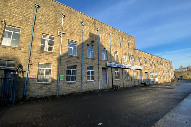 Thumbnail Office to let in Burnley Road, Colne