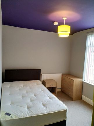 Thumbnail Shared accommodation to rent in Malvern Road, Liverpool