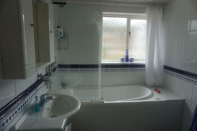 Family Bathroom of 50 Beaumont Way, High Wycombe HP15