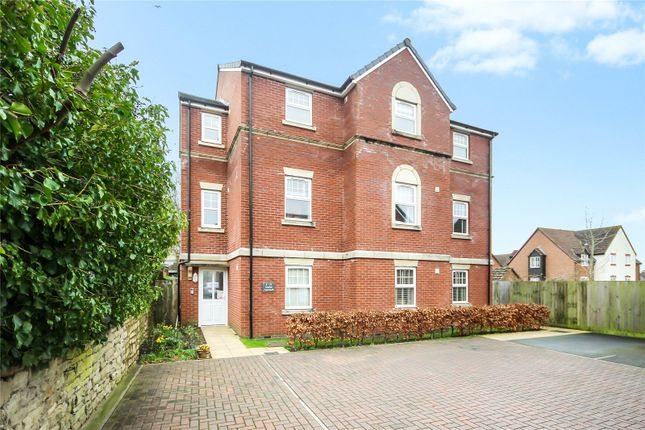 Thumbnail Flat for sale in Station Approach, Old Town, Swindon, Wiltshire