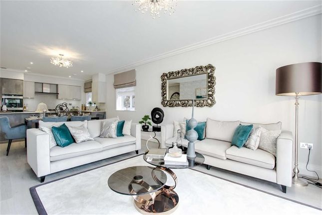 Thumbnail Flat for sale in Manor Wood Gate, Cockfosters Road, Hadley Wood, Hertfordshire