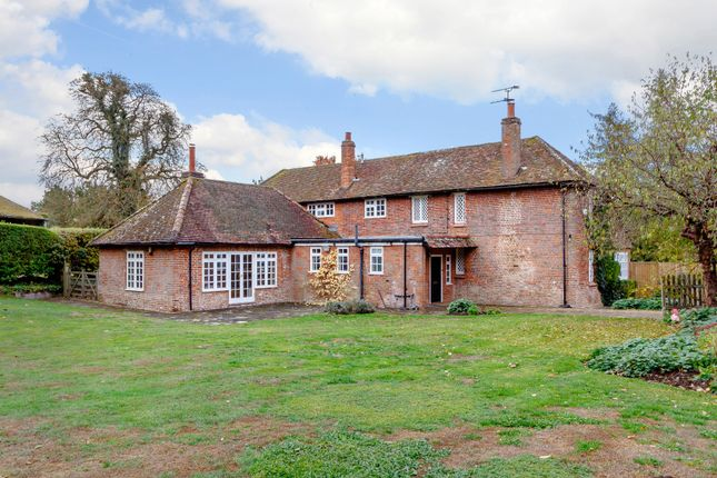 Thumbnail Detached house for sale in Blackwell Hall Lane, Chesham