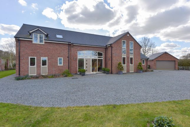 Thumbnail Detached house for sale in Nuthurst Lane, Astley, Nuneaton, Warwickshire