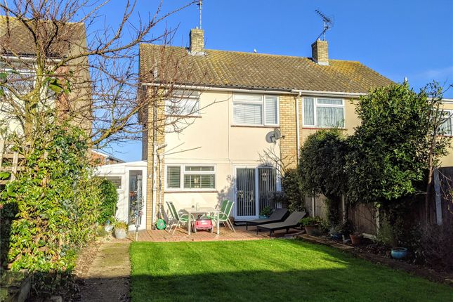 Picture No. 13 of Hudson Road, Leigh-On-Sea, Essex SS9
