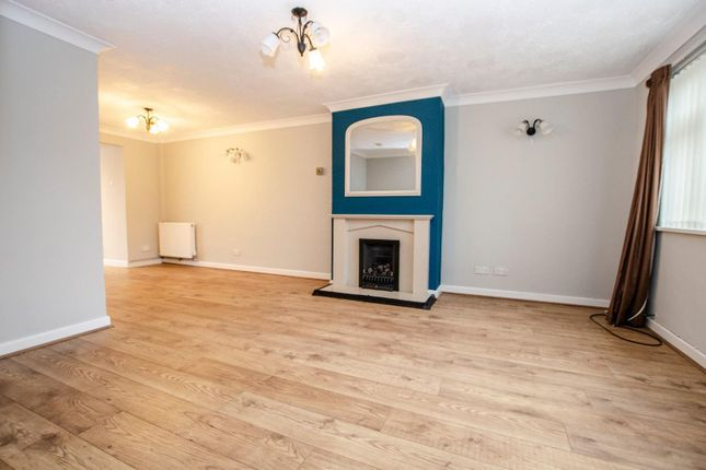 Thumbnail Semi-detached house for sale in Rosebery Crescent, Eastleigh