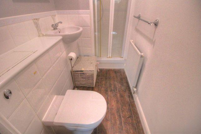 En-Suite Shower To Bedroom One