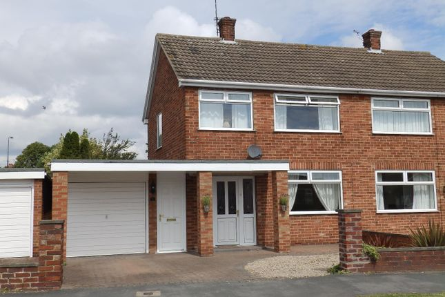 Thumbnail Property to rent in Yarburgh Way, York