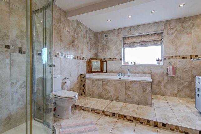 Bathroom of The Ridgeway, Astwood Bank, Redditch B96