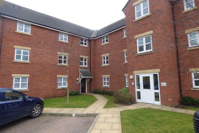 Thumbnail Flat to rent in Brodie Close, Rugby