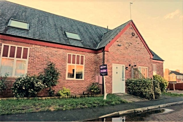 Terraced house to rent in Wharton Road, Winsford