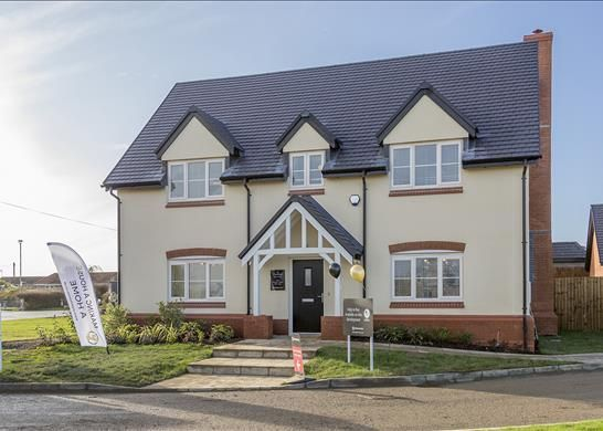 Thumbnail Detached house for sale in Bredon Gate, Evesham, Worcestershire