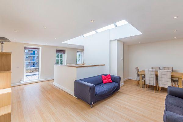 Thumbnail Maisonette to rent in Blackfriars Road, London