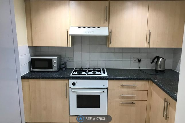 1 bed flat to rent in Northenden Road, Sale M33