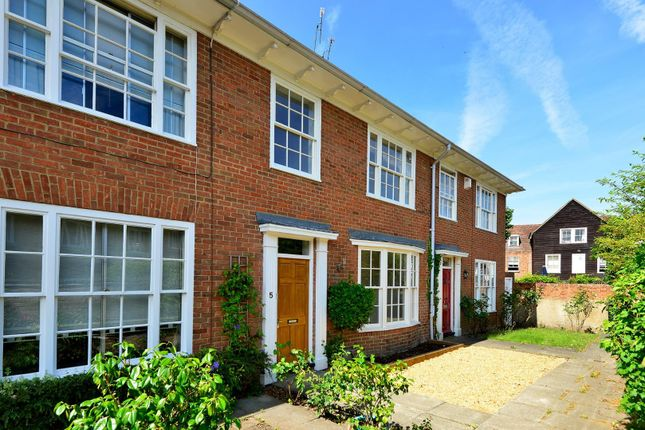 Thumbnail Town house to rent in Abbots Place, Canterbury