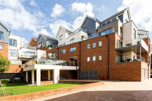 Thumbnail Flat for sale in Bridgewater Lodge, Bridgewater Terrace, Windsor, Berkshire