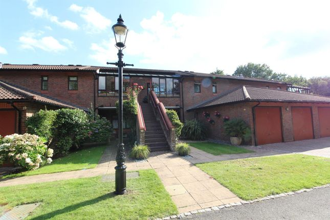 1 bed flat for sale in Virginia Beeches, Callow Hill, Virginia Water GU25