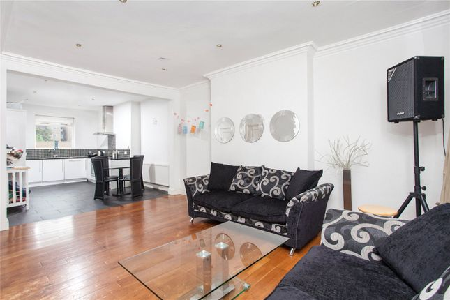 Thumbnail Maisonette for sale in Garway Road, London