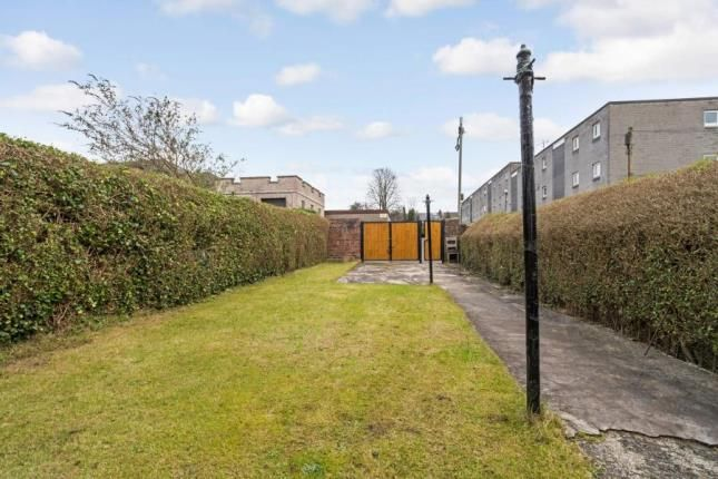 Picture No.18 of Lochlea Road, Glasgow, Lanarkshire G43