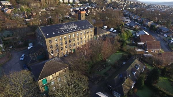 Office to let in Brian Royd Business Centre, Saddleworth Road, Greetland, Halifax