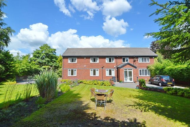 Thumbnail Flat to rent in Highcourt, Westcliffe Road, Bolton