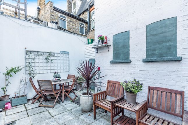 Thumbnail Detached house for sale in Sheen Lane, London